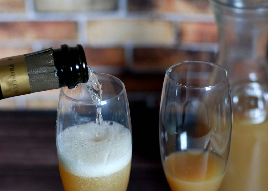 pear-bellini-with-prosecco