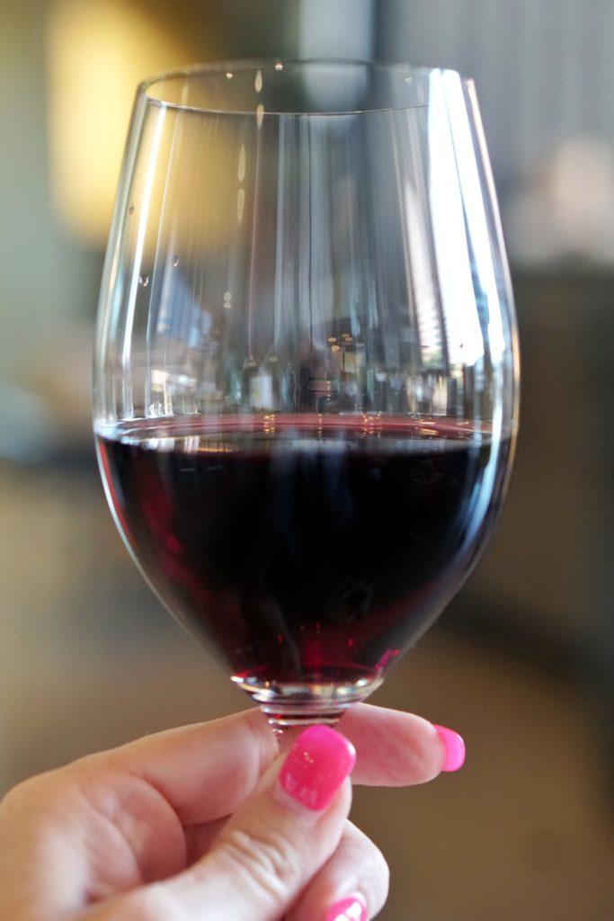 Bee's Box Wines red wine