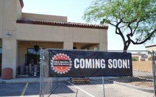 FREE Burgers! Cold Beers & Cheeseburgers Opening in Glendale Soon
