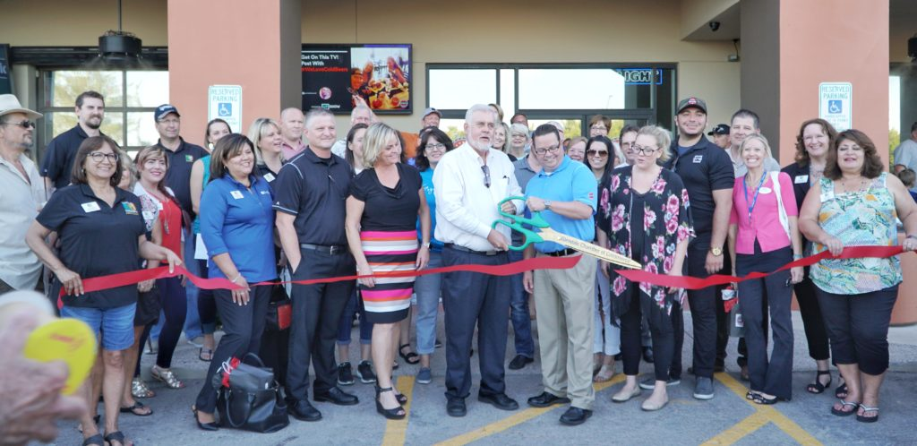 Cold Beers and Cheeseburgers Glendale ribbon cutting